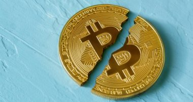 Bitcoin halving hits Hut 8 Mining's (TSX:HUT) Q2