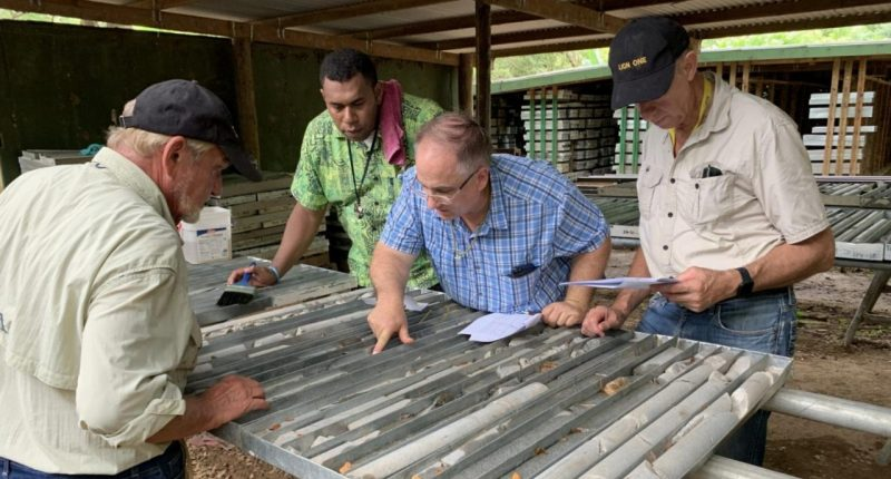 Novo Resources - Chairman and President, Quentin Hennigh (centre) - The Market Herald Canada