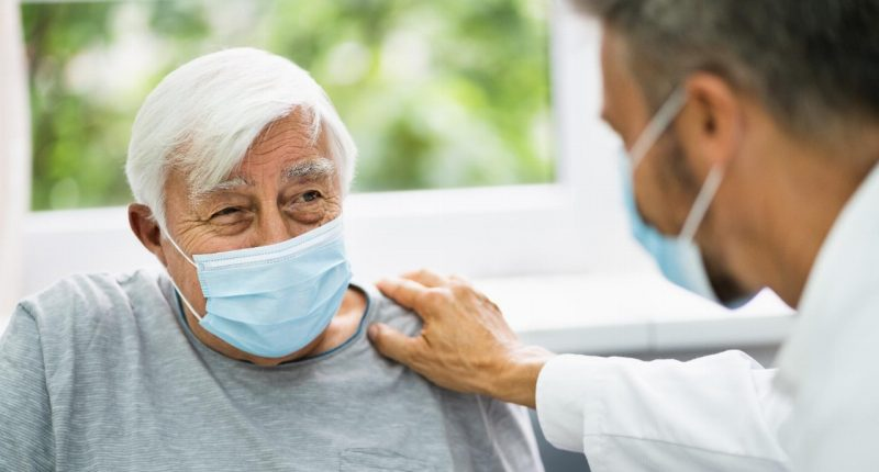 Sienna Senior Living (TSX:SIA) prepares staff for early vaccination