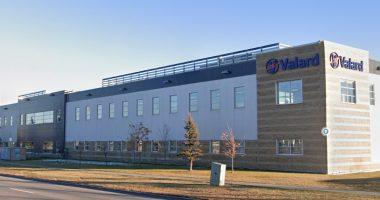 Nexus REIT (TSX:NXR.UN) acquires two industrial properties
